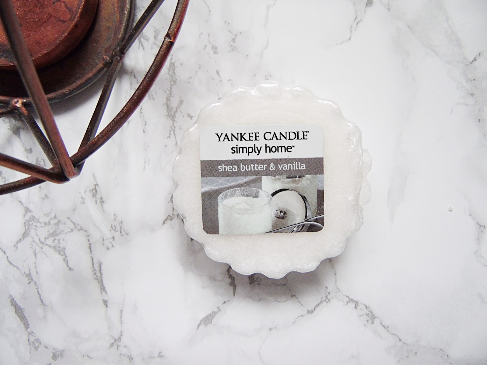 Yankee Candle Simply Home Shea Butter & Vanilla