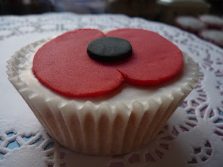 Remembrance Poppy Day Cakes