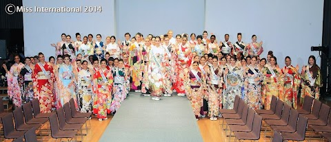 Kimono Fashion Show. Miss International 2014