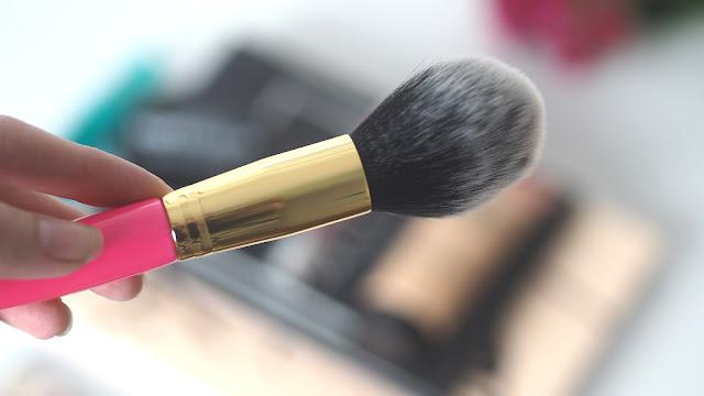 technic pro blush makeup brush