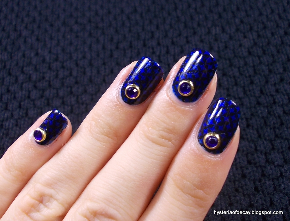 Review: Lady Queen nail art gems - Hysteria Of Decay