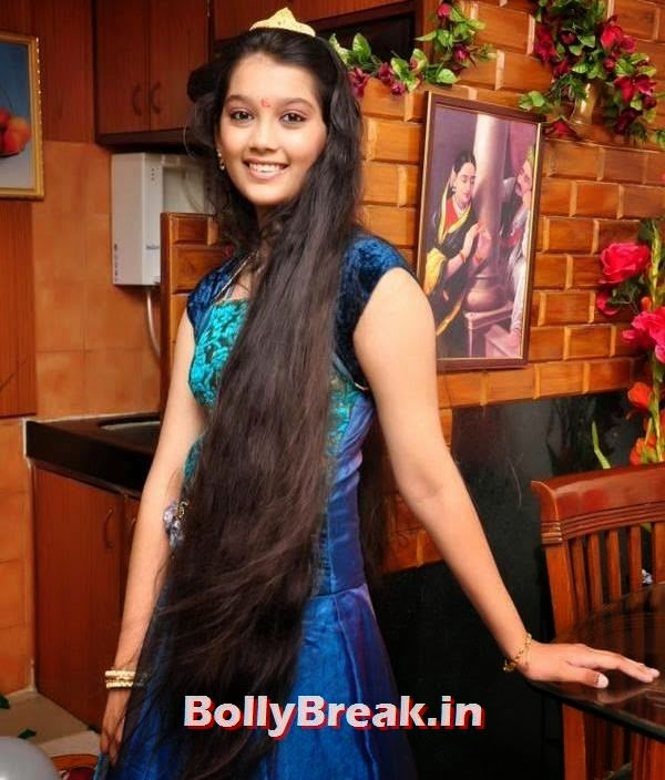 Digangana Suryavanshi Very Long Hair Wallpaper, Digangana Suryavanshi Hot Pics - Longest Hair Ever