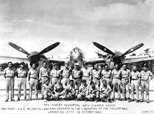 P-38 worldwartwo.filminspector.com 9th Fighter Squadron