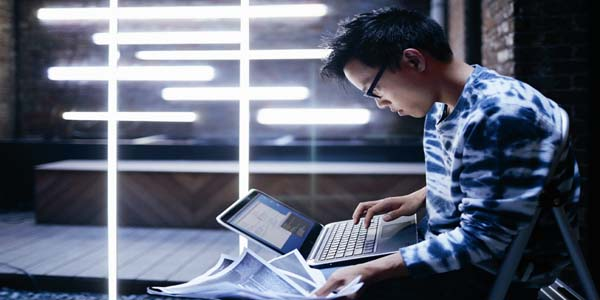 Tips Dari Bos Norton: Menghindari Kejahatan Online