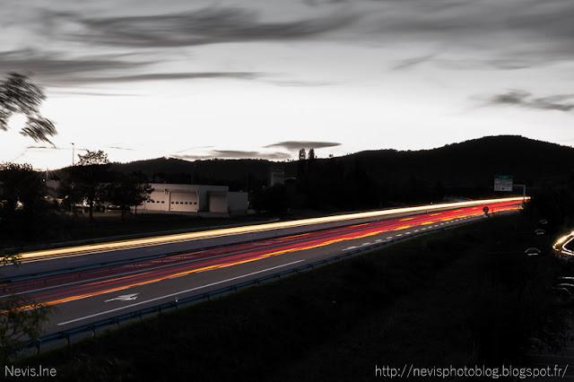 Photo de nuit pose longue autoroute A48 colombe isère 2