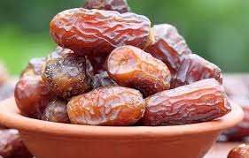 The Amazing Eating Dates In The Sahur Time - Healthy T1ps