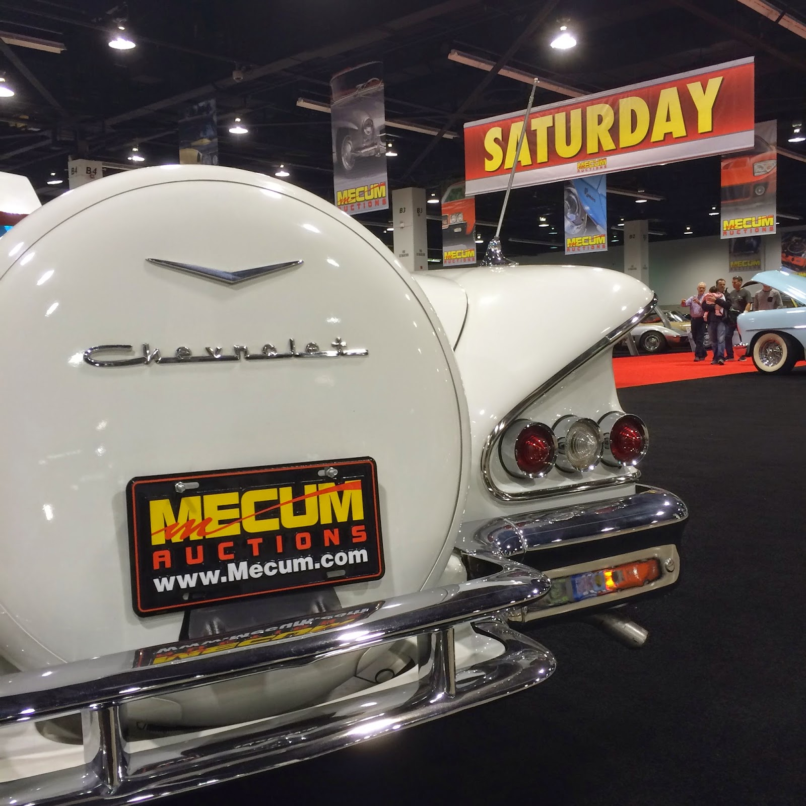Covering Classic Cars : Mecum Auto Auction At The Anaheim