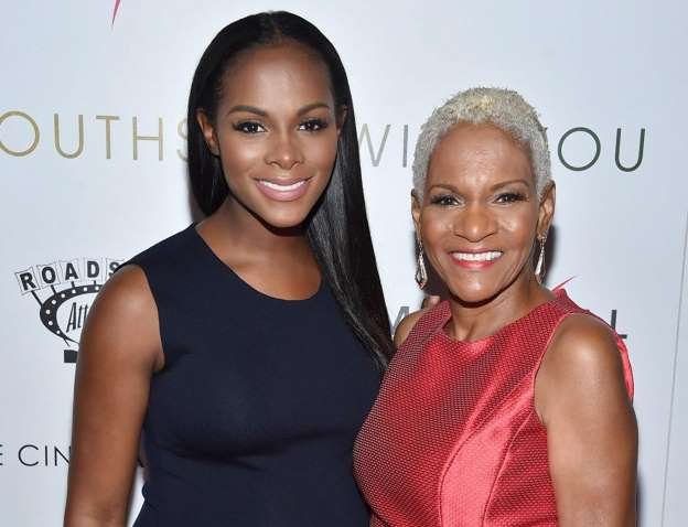 Tika Sumpter says mother was arrested for $10 library late fee