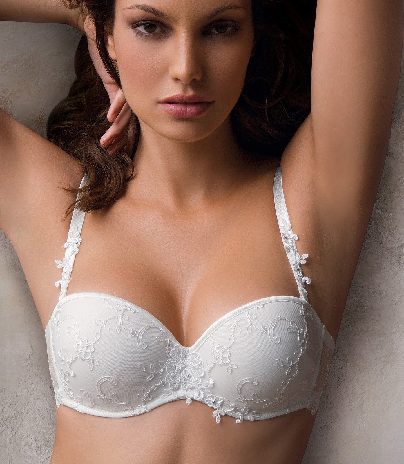 Amazing Photographs Wiki Beautiful Bra Collection-7089