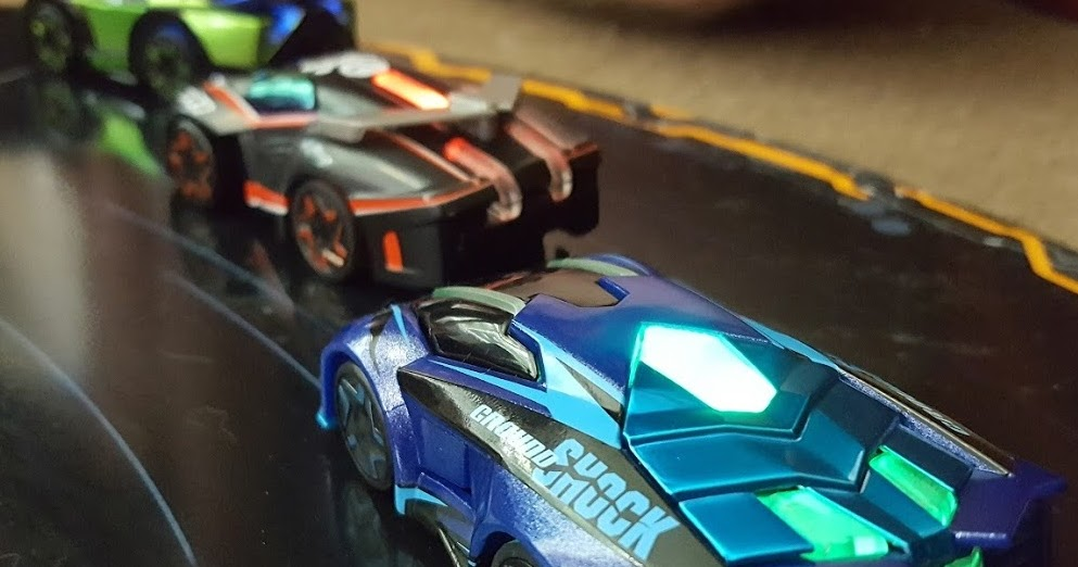 the brick castle anki overdrive robotic supercar racing. Black Bedroom Furniture Sets. Home Design Ideas