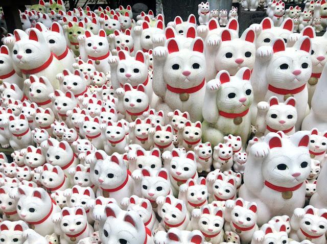 tokyo cat temple