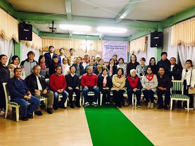 Bupati JWS Foto bersama Jemaat Gereja di Qarai, Jepang.