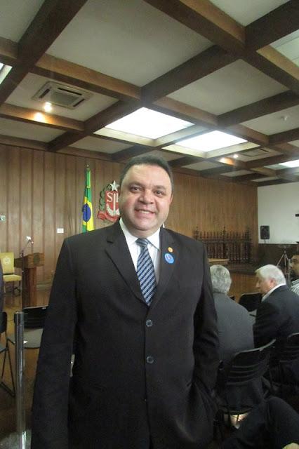 Marcos Damasio apresenta projetos para conter avanço do Aedes aegypti