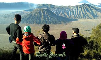 wisata golden sunrise gunung bromo jawa timur