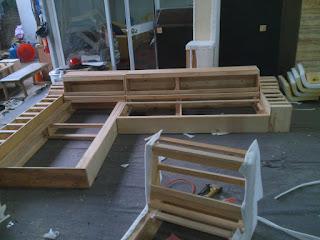 khung ghế sofa bằng gỗ xoan đào