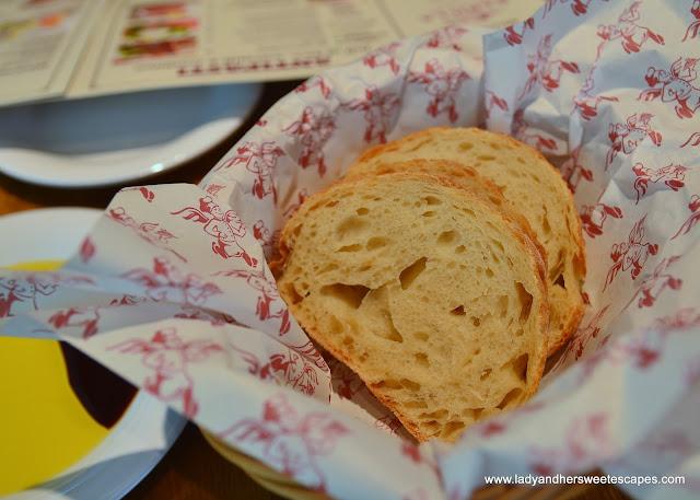 complimentary bread in Barilla restaurant Dubai