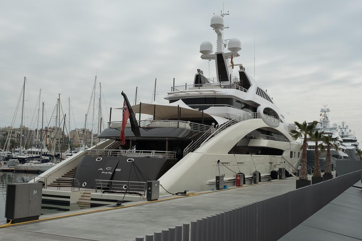 Tbaroundtheworld Todays Alliteration Billionaire Boats