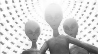 Grey alien photo (http://thealientheories.blogspot.com)