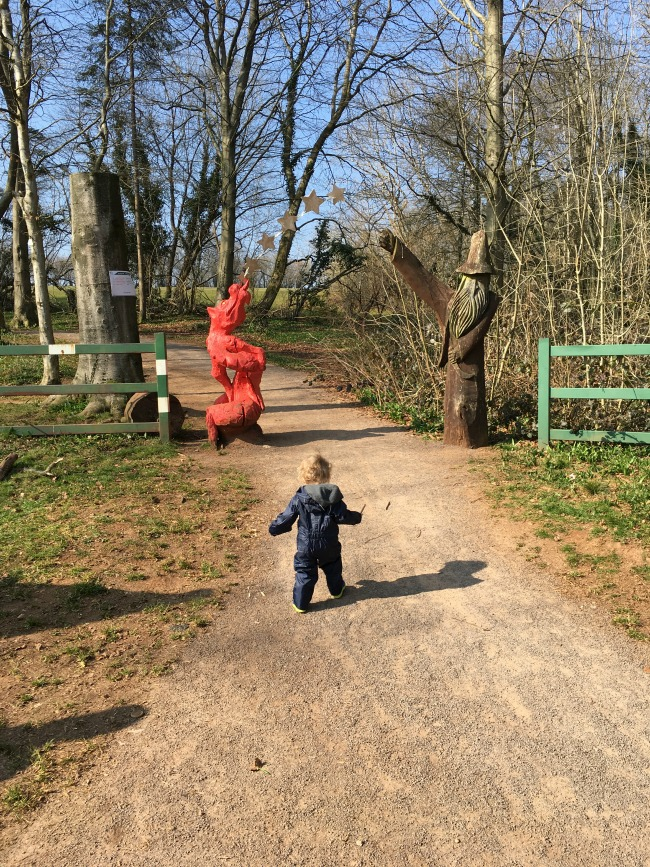 toddler-at-fforest-fawr-sculpture-trail