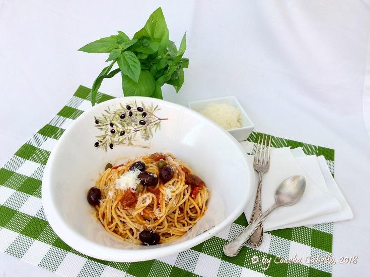spaghetti-Puttanesca-mesa