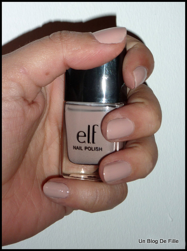 http://unblogdefille.blogspot.fr/2011/03/review-vernis-innocent-elf.html