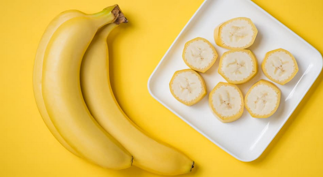 Benefits of bananas for healthy facial skin seen from the nutritional content