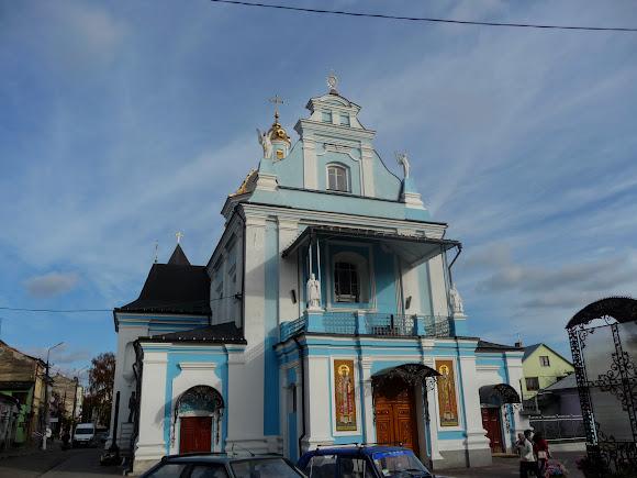 Самбір. Церква Різдва Пресвятої Богородиці