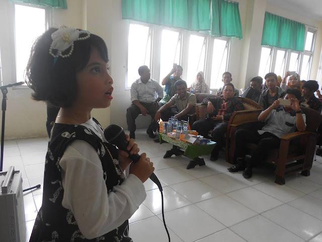 Penyanyi Cilik Alya Aqeela Tampil di Kampus Hijau FIP UNP Padang