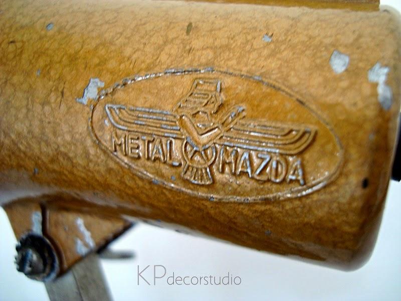 Lámparas y flexos vintage marca metal mazda