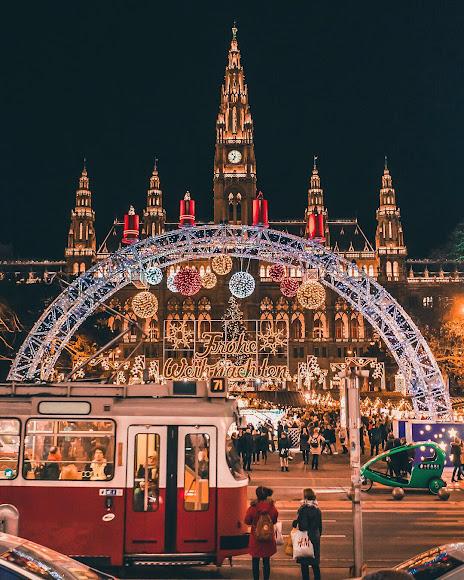 Vienna Christmas market Rathaus Christkindlmarkt