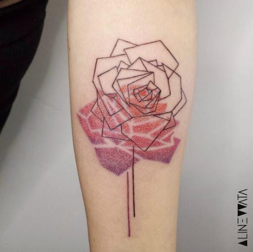 Este geométricas rose tattoo
