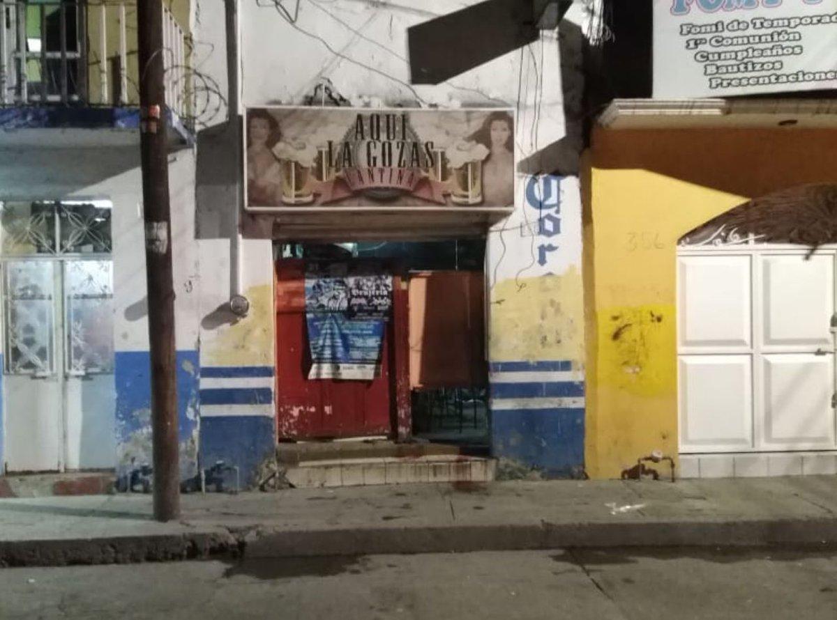 Grupo armado ataca cantina en Irapuato: 5 muertos y un herido, el saldo