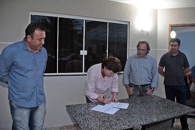 Prefeitura autoriza asfalto em ruas do Maracanã e do Campo Alto em Colombo