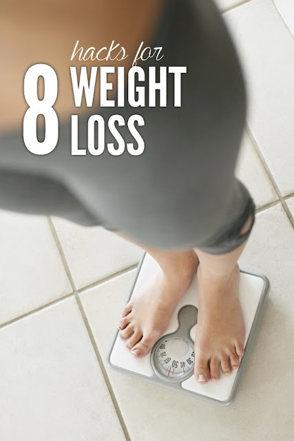 8 WEIGHT LOSS HABITS THAT KEEP THE WEIGHT OFF