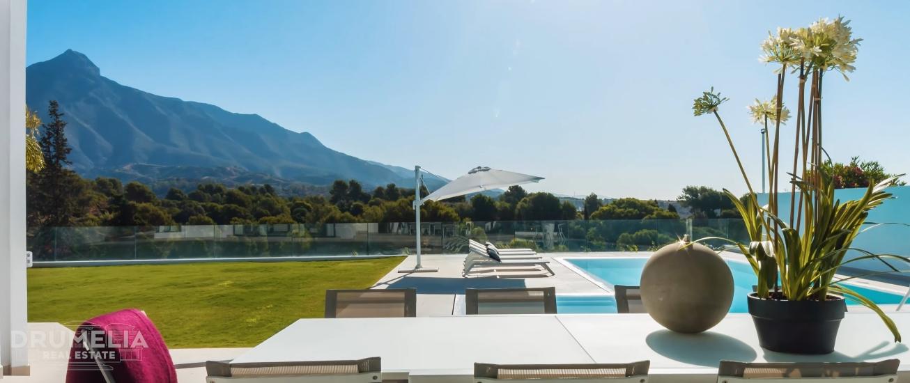 New Frontline Golf Modern Villa in Marbella, Spain | 3.495.000€ | Drumelia Real Estate