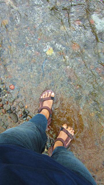nyebrang sungai coban talun