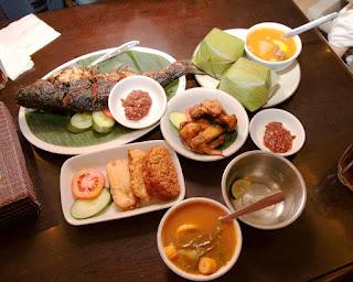 10 Wisata Kuliner Paling Populer Di Bali
