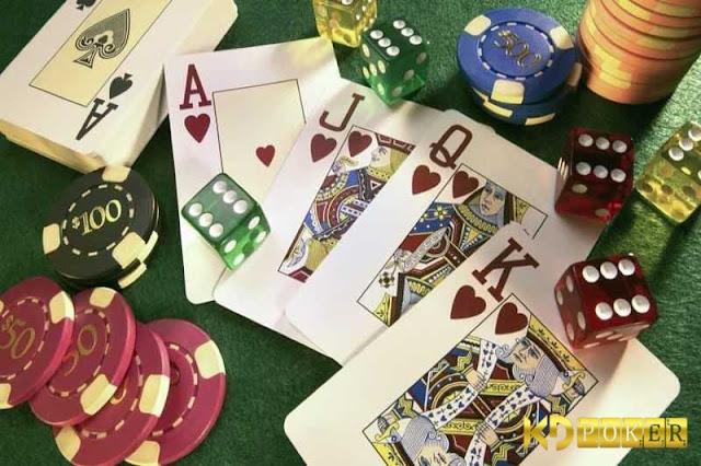 Cách đọc bài poker và phán đoán khiến đối thủ khóc thét