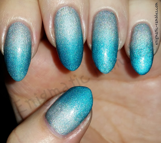 a-england-whispering-wave-encore-margot-gradient
