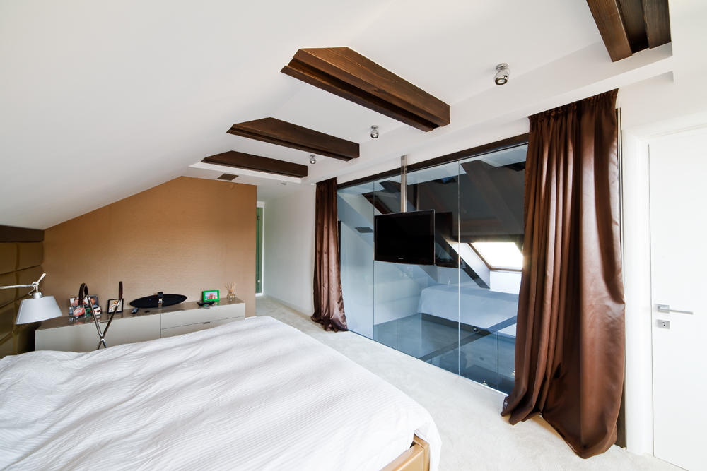 Cutaway Apartment Full Furnitures Modern Design: Attic Apartment Design Ideas; Cetatuia Loft, Brasov