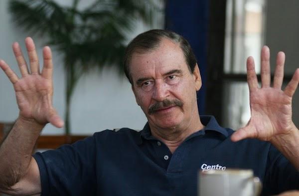 ¿En tres  palabras como describes a Vicente Fox?