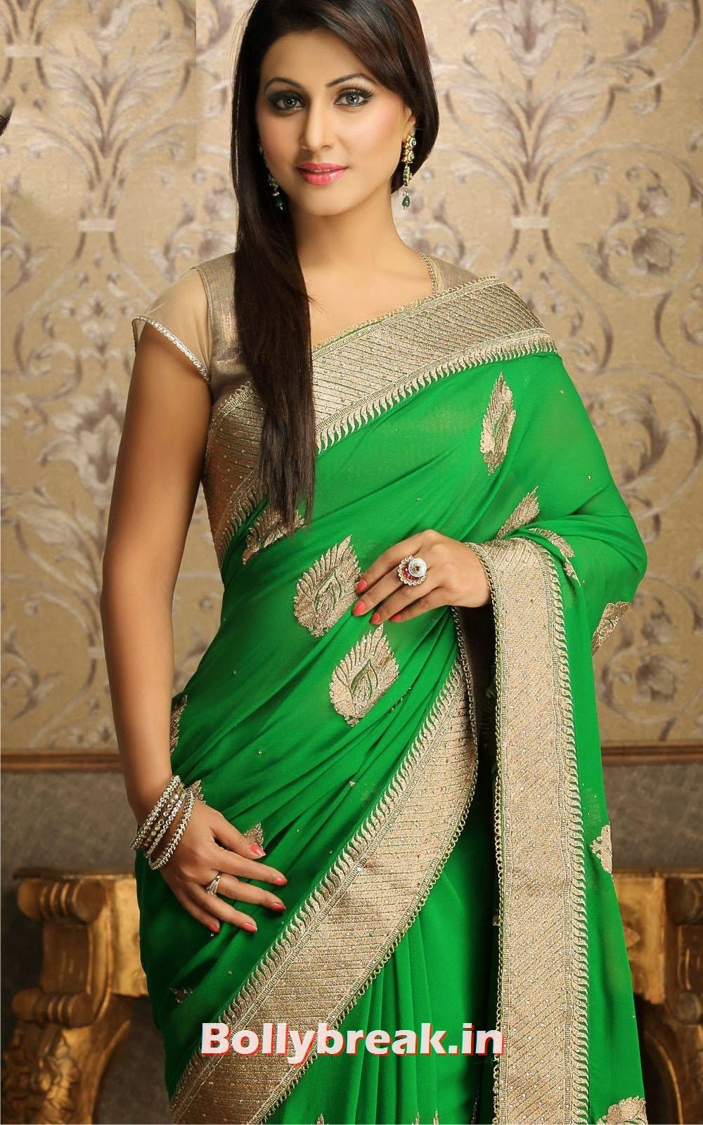 , Hina Khan Latest Hot Pics in Saree - Yeh Rishta Kya Kehlata Hai Actress