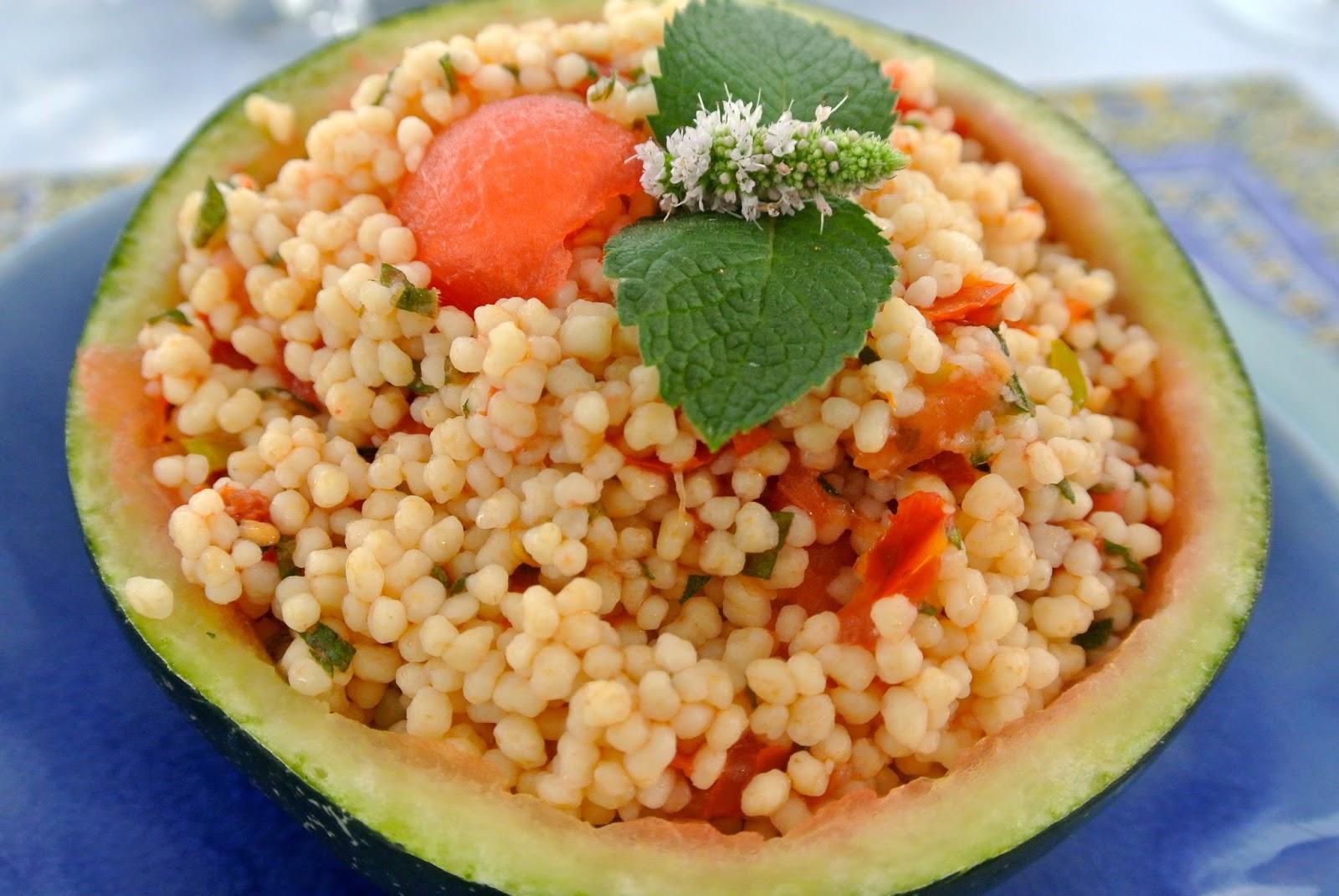 bonjour alsace melonen couscous salat oder aller guten dinge sind drei. Black Bedroom Furniture Sets. Home Design Ideas