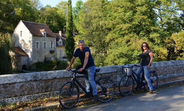 L'Orne, Normandië, Le Perche, Bellême, fietsen, fietsvakantie, fietsen in Frankrijk, L' Échappée de Sublaine, Saint-Jean-de-la-Fôret, Courthioust, Colonard-Corubert, Manoir de Courboyer,  Nocé, Boissy-Maugis, Parc Naturel Régional du Perche, Manoir de la Moussetière, Le Café des Amis Boissy-Maugis, Véloscénie, Manoir de la Vove, Basilique Notre Dame de Montligeon, Pont Catintat, Corbon, Mauves-sur-Huisne, Bois Dambrai, Saint-Ouen-de-la-Cour, Forêt de Bellême, Saint-Martin-du-Vieux-Bellême, Manoir du Lormarin, Auberge des 3J, La Route Royale, Dorceau,  Moutiers-au-Perche, Rémalard, charmestadjes in normandië, middeleeuwse kastelen in normandië,