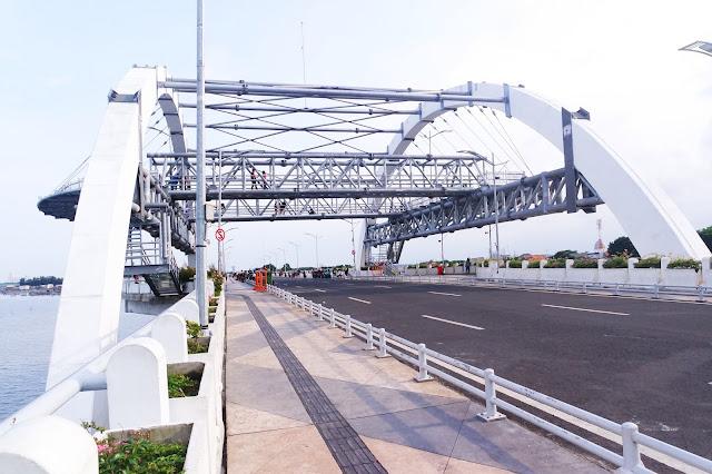 Jogging Track Jembatan Suroboyo yang Nyaman