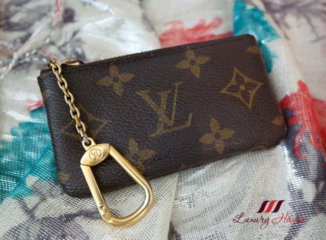 lv monogram canvas coin pouch key chain