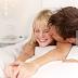 5 Tips Panaskan Gairah Seks bagi Pasangan yang Lama Menikah