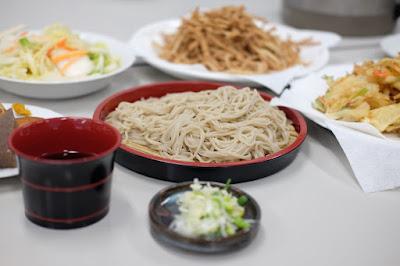 長野県生坂村 蕎麦とどぶろくの集い 蕎麦、かきあげなど