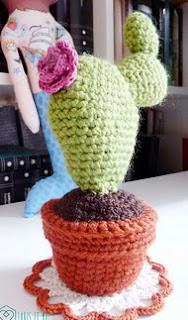 http://www.ravelry.com/patterns/library/cactus-amigurumi-2