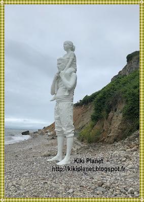 """kiki monchhichi """"jusqu'au bout du monde"""" fabien mérelle, sainte-adresse, 501 ans le havre"""